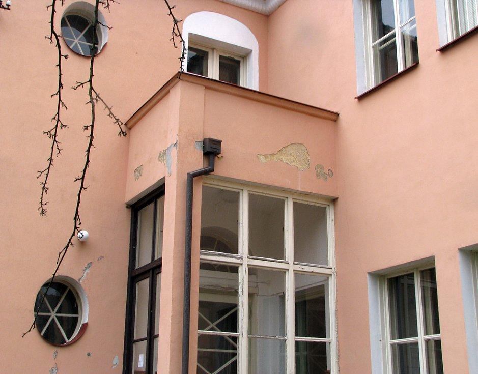 Přes prázdniny je v Kladně zateplováno osm mateřských škol.