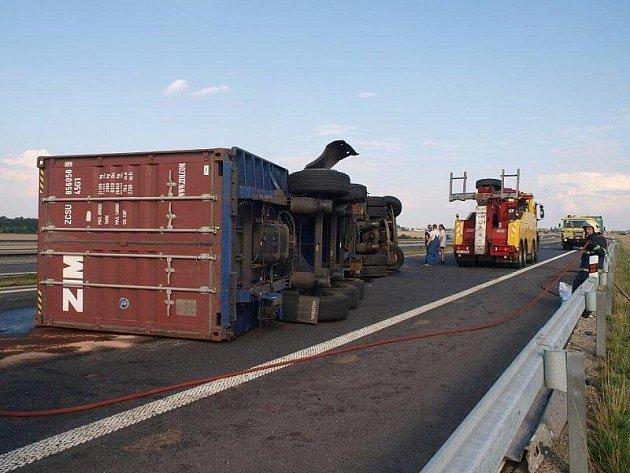 Nehoda na I/6, středa 27. července odpoledne