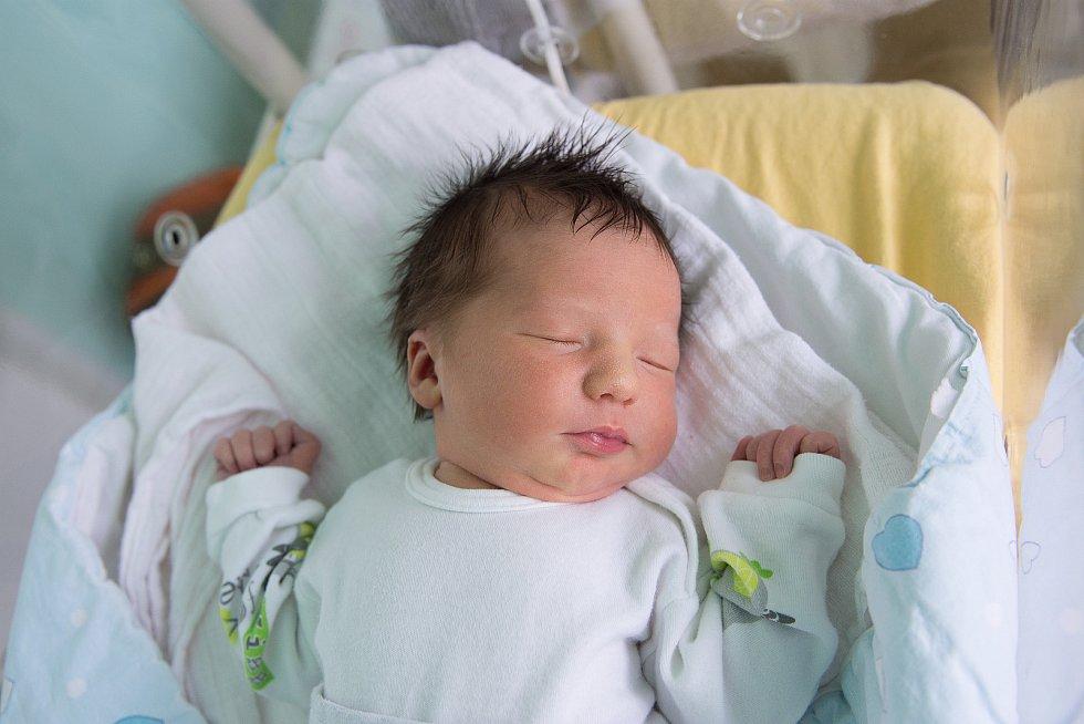 Gabriela Jakubcová se narodila v nymburské porodnici 8. ledna 2021 v 8:35 hodin s váhou 2990 g a mírou 48 cm. V Nymburce se z prvorozené holčičky radují maminka Michaela a tatínek Petr.