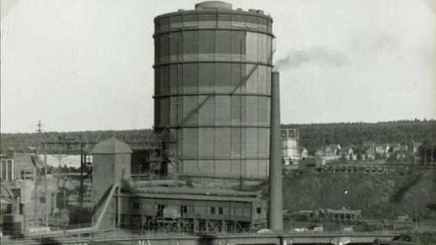 Pohle na kladenský plynojem MAN ze sedmdesátých let minulého století.