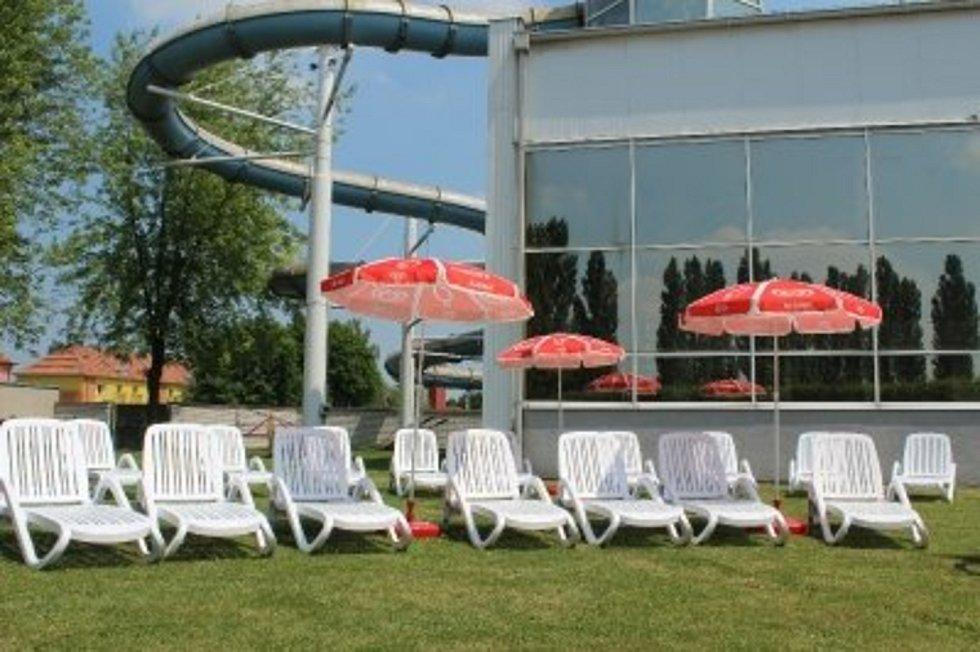 Aquapark ve Slaném oslavil již dvacetiny, potřebuje už ale neodkladné opravy.