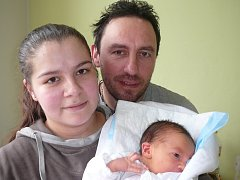 Marian Bezeg, Doksy. Narodil se 7. dubna 2013. Váha 3,30 kg, míra 49 cm. Rodiče jsou Nikola a Marian Bezegovi (porodnice Kladno).