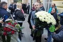 Žižičtí byli na Žofíně už ve dvě hodiny ráno, aby se rozloučili s Karlem Gottem.