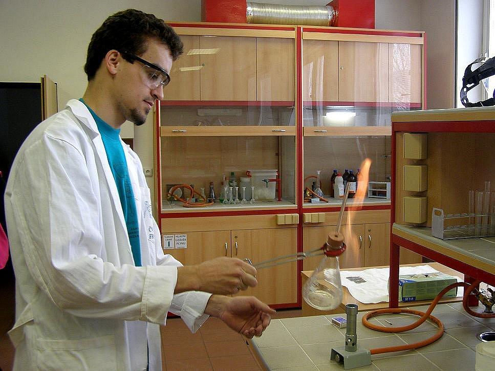Při Dni otevřených dveří Fakulta biomedicínského inženýrství ČVUT v Kladně představila zájemcům o studium nejnovější technické pomůcky v lékařství.
