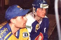Pavel Patera (vpravo) a zlínský Josef Štraub v roce 1995 jako soupeři.