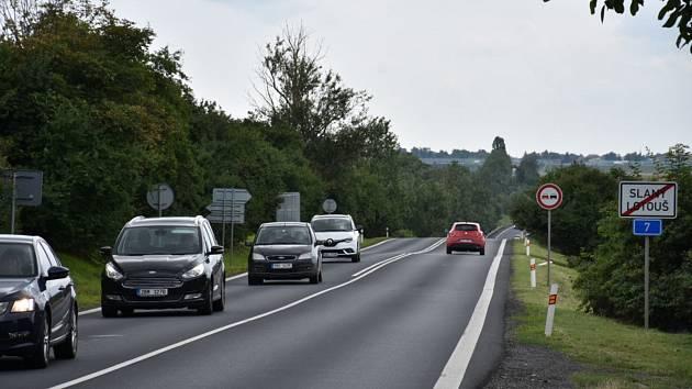 Silnice I/7, budoucí dálnice D7.