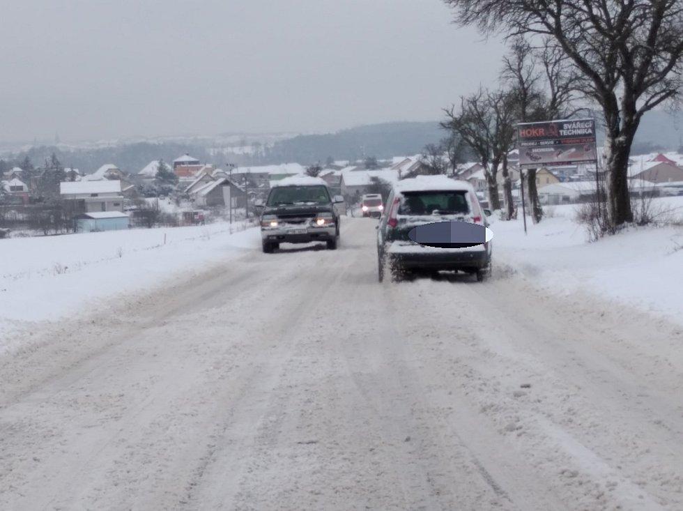 Sníh u Pcher.