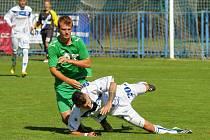 Sražený Marek Tóth // SK Kladno - FK Slavoj Žatec 3:2, divize B, 14. 9. 2013