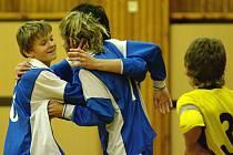 SK Kladno právě vstřelilo vítěznou branku, zajistila jim vítězství v turnaji.