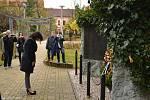Veřejnost se sešla u pomníku obětí 1. světové války na náměstí Svobody v Kladně i na kladenských hřbitovech.