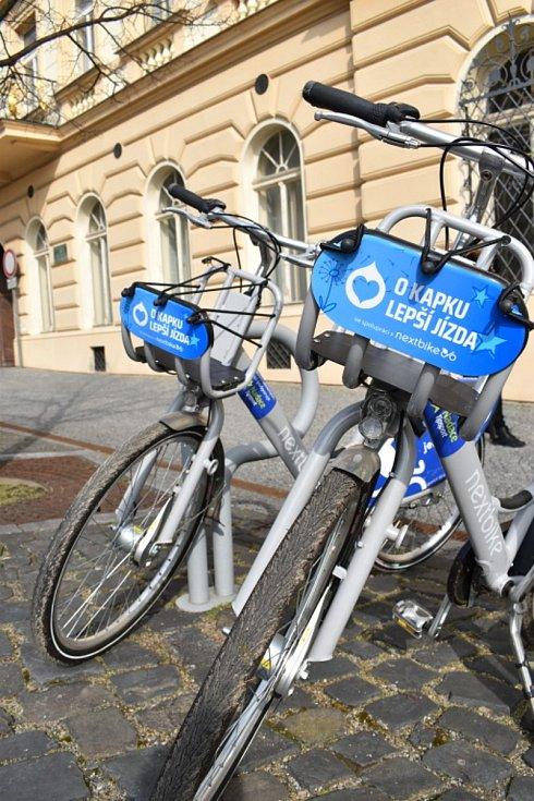 Sdílená kola už jsou lidem k dispozici, odolají tentokrát vandalům?