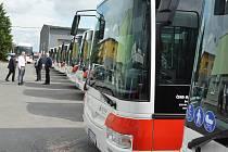 V Kladně jezdí od září nové chytré autobusy.