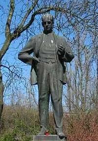 Socha Antonína Zápotockého