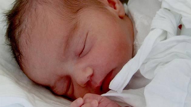 Nikola Sýkorová, Kladno, 30.5.2011, váha: 2,72 kg, míra: 46 cm, rodiče jsou Brigita Galambosová a František Sýkora (porodnice Kladno)