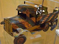Některé z exponátů nového muzea hraček ve Velvarech.