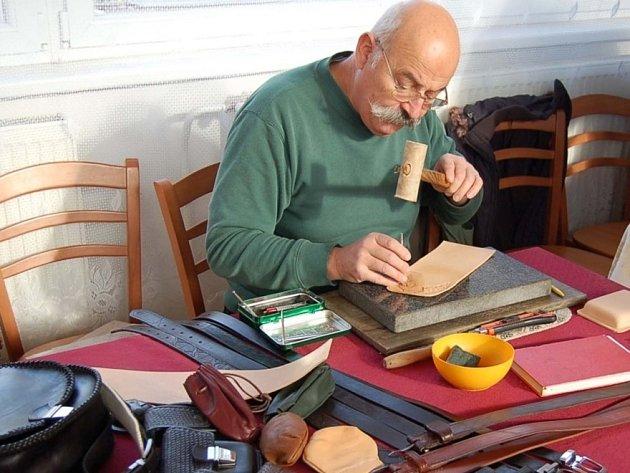 Výstava rukodělných prací ve Stehelčevsi