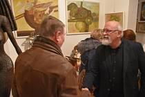 Výstava Eduarda Hájka bude v Galerii Ikaros antik do března.