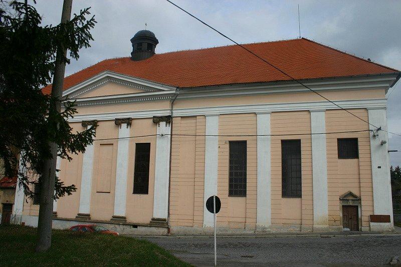 Zámek Buštěhrad, duben 2012