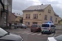 Ve Slaném srazilo auto chodkyni.