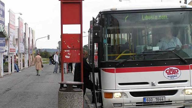 SEDMIČKA. Linka číslo 7 nebude od pondělka začínat na této straně náměstí Svobody.
