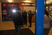 Maskovaní lupiči přepadli masnu v Lidlu ve Slaném v neděli večer