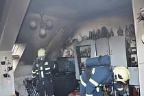 Silvestrovský požár v bytovém domě ve Stochově 2013