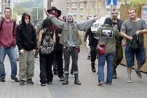 Anarchistický koncert, který se v sobotu večer uskutečnil v Kladně, se neobešel bez problémů.