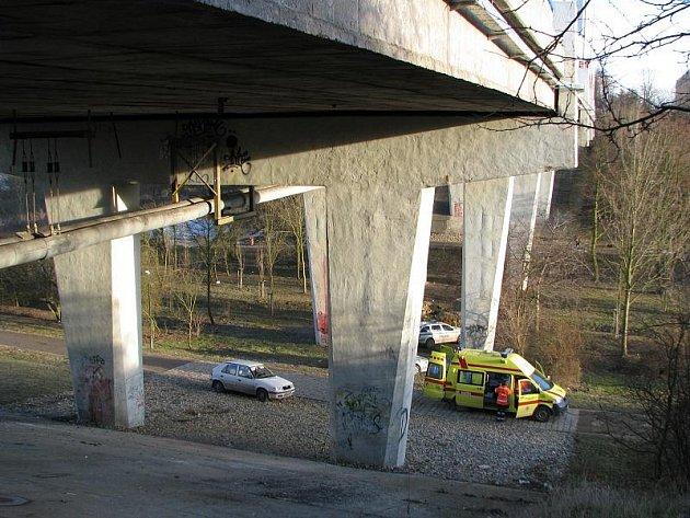 Další člověk ukončil svůj život skokem ze sítenského mostu