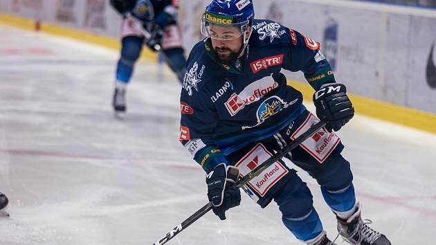 Chance liga, Kladno ( v modrém) hostilo Benátky. Rostislav Marosz.