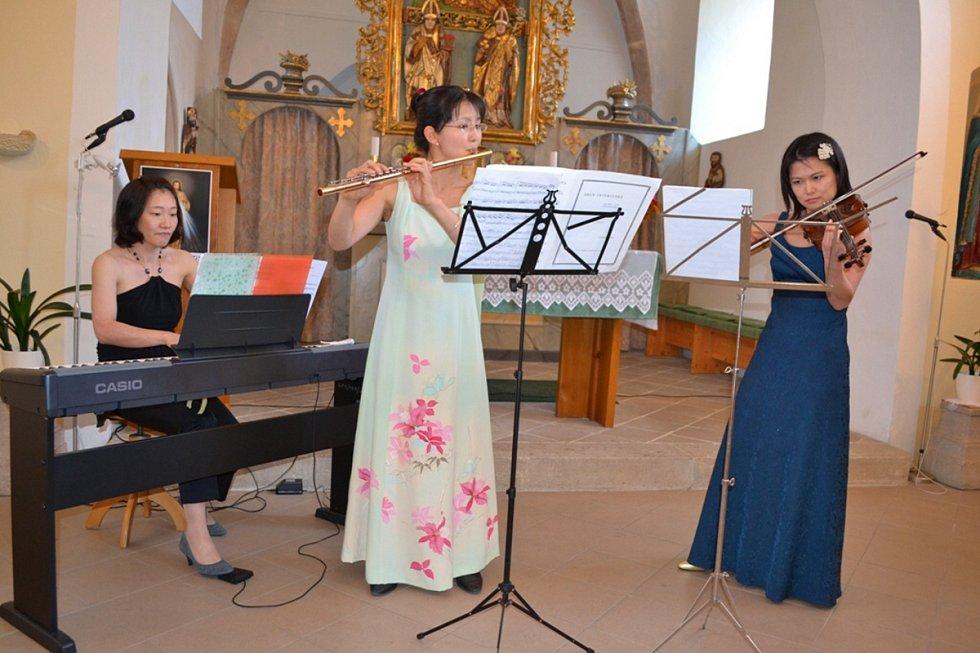 Japonské komorní trio.