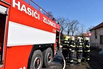 V Beřovicích hořela stodola, oheň se podařilo včas zlikvidovat. Na sousední domy nepřeskočil.