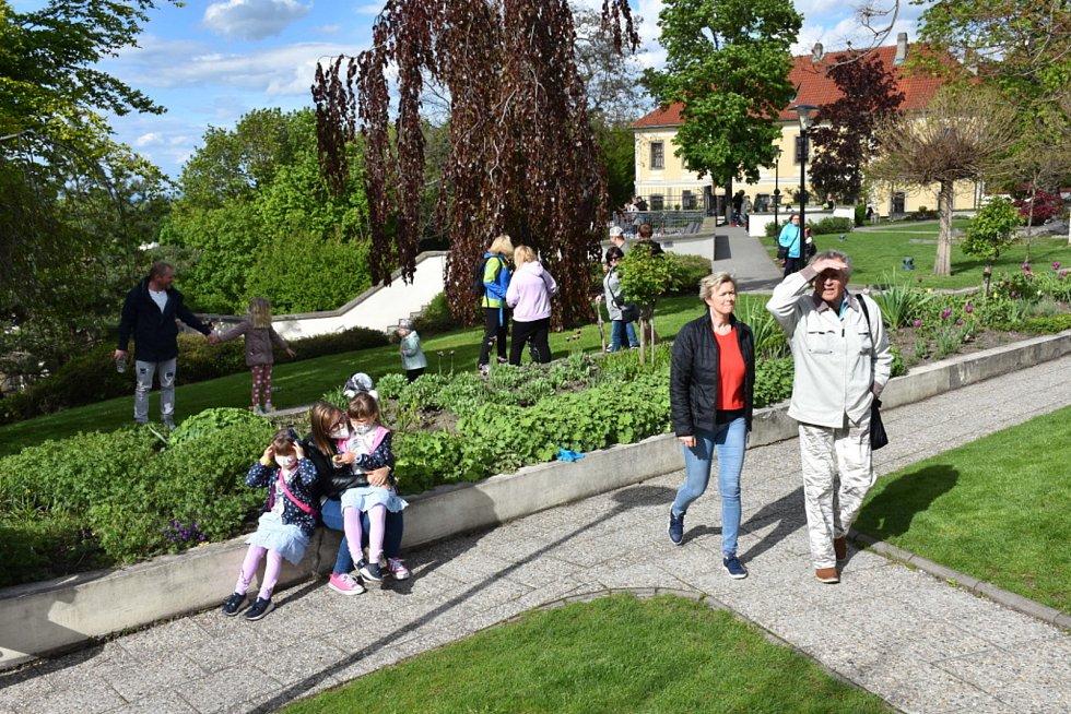 Retro odpoledne v Zámecké zahradě v Kladně.