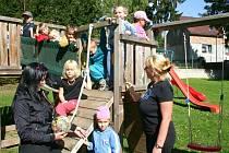 Děti z Mateřské školy v Klobukách
