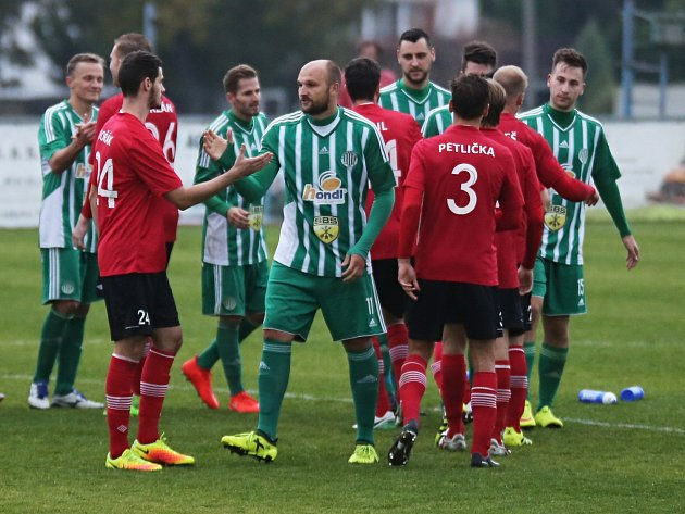 Sokol Hostouň - Sportovní sdružení Ostrá 1:0 (0:0) Pen: 7:6, Divize B, 24. 9. 2017