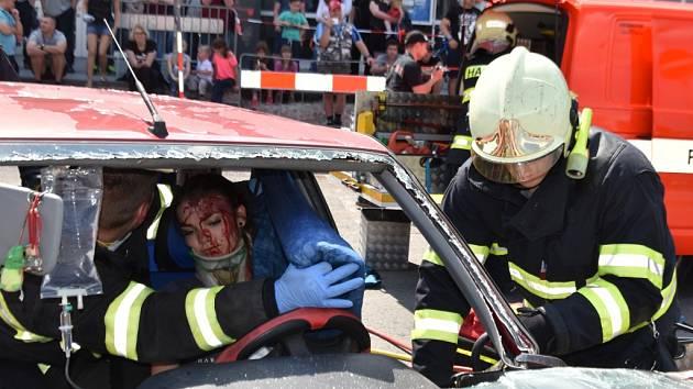 Na Sítné se uskutečnil třetí ročník Studentského železného hasiče, Memoriál Jana Lewinského 2017.