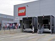 Nový automatizovaný sklad v kladenské pobočce Lego se rozkládá na ploše 2 900 metrů čtverečních.