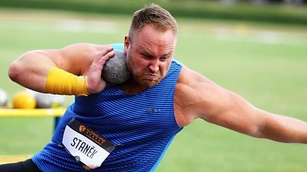 Tomáš Staněk, jedna z největších hvězd atletického mítinku v Kladně - Kladno hází