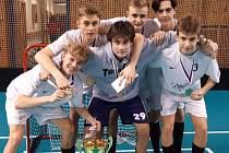 Mladí Kanonýři Kladno přispěli k triumfu Středočeského kraje na florbalovém turnaji v Ostravě.