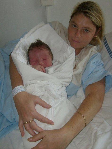 Martin Husák, Slaný, 10.9.2008, váha 4.10 kg, míra 53 cm, rodiče Jana a Milan Husákovi   (porodnice Slaný).
