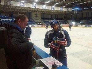 Tomáš Plekanec se vrátil do Česka a poprvé si zatrénoval s mateřským Kladnem. Kam povedou jeho hokejové kroky dál, to zatím neřekl.
