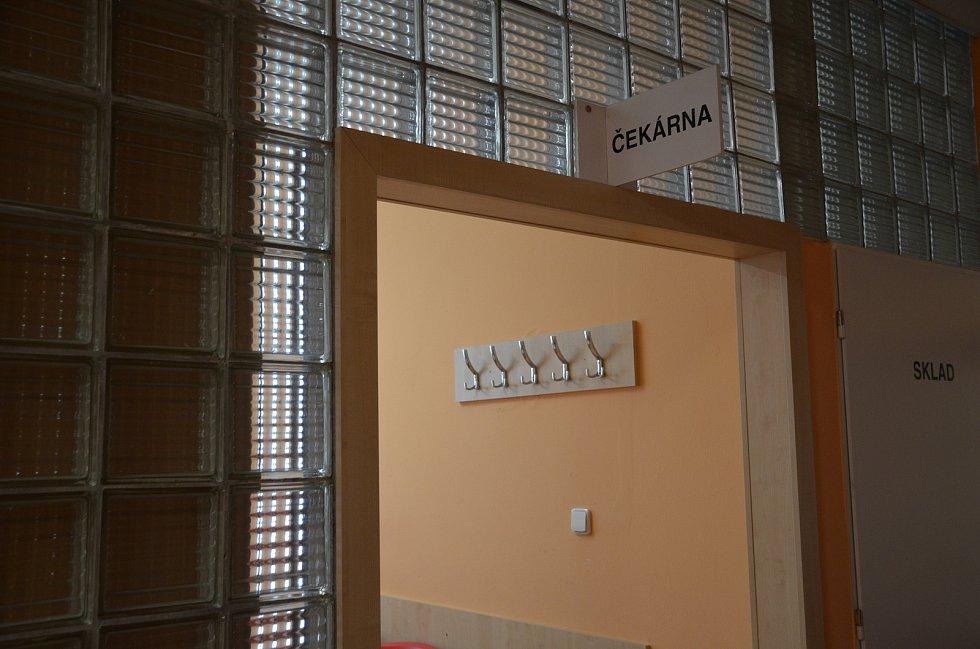 Ve slánské nemocnici se střílelo, zběsilý pacient ohrožoval sebe i okolí.