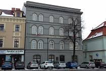 Hlavní budova Městského úřadu ve Velvarské ulici ve Slaném.
