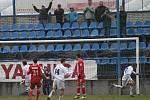 Skořepa (vpravo) slaví vyrovnávací gól.