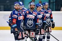 Hokejisté Kladna v přípravném utkání hraném v Berouně porazili Karlovy Vary 3:2 po prodloužení.