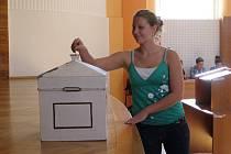 Studentské volby se konaly v Kladně a Slaném.