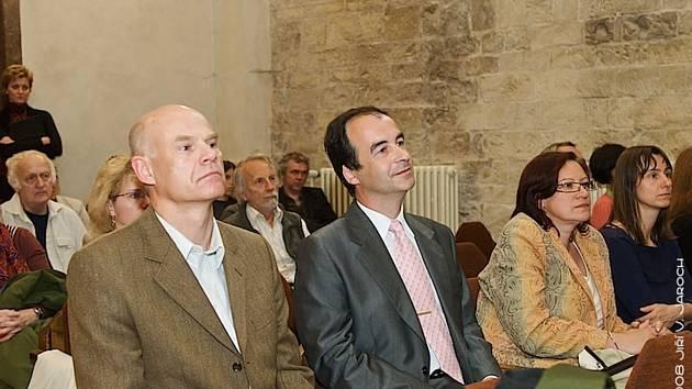 Slánský starosta Ivo Rubík by oslavil šedesáté narozeniny. Na snímku v první řadě druhý zleva.