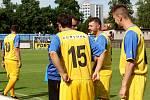 SK Rakovník (ve žlutém) po skvělém výkonu porazil druhou Vykáň 4:3.