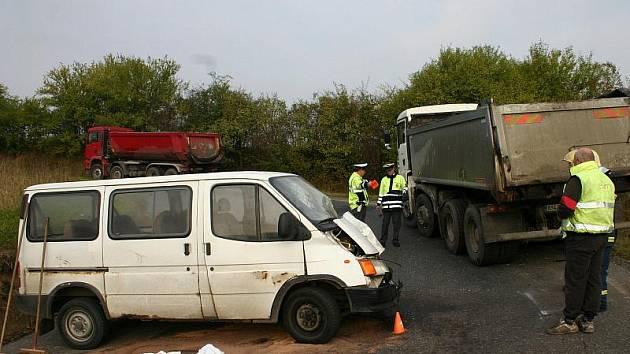 Pondělní ranní nehoda u Třebichovic