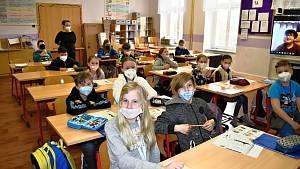 Pilotní projekt smíšená výuka ve velvarské základní škole, 4.B