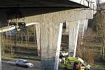 Sítenský most je častým místem sebevrahů.